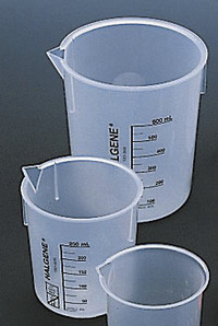 Delta Education Plastic Beaker Set - Assorted Sizes - Set of 3 Item Number 130-1453