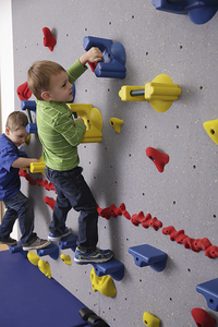 Image for Everlast WEEKIDZ Traverse Wall, 6 Feet 10 Inches x 20 Feet from School Specialty