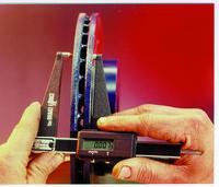 Central Brake Force Digital Rotor Gauge, 0 - 2-1/4 in, 0.001 in Graduation Item Number